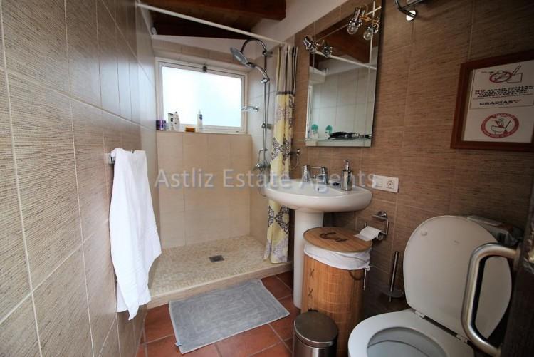 4 Bed  Villa/House for Sale, Chirche, Guia De Isora, Tenerife - AZ-1281 13