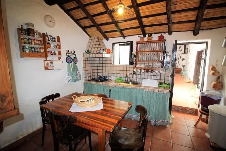 4 Bed  Villa/House for Sale, Chirche, Guia De Isora, Tenerife - AZ-1281 16