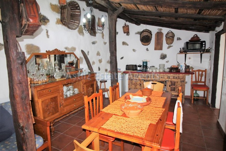 4 Bed  Villa/House for Sale, Chirche, Guia De Isora, Tenerife - AZ-1281 20