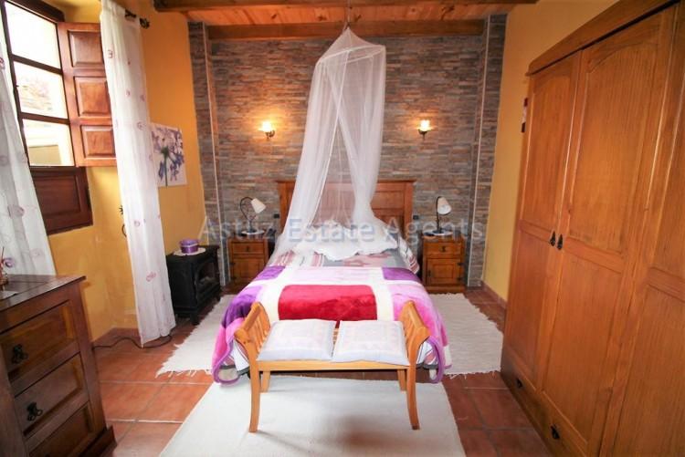 4 Bed  Villa/House for Sale, Chirche, Guia De Isora, Tenerife - AZ-1281 6