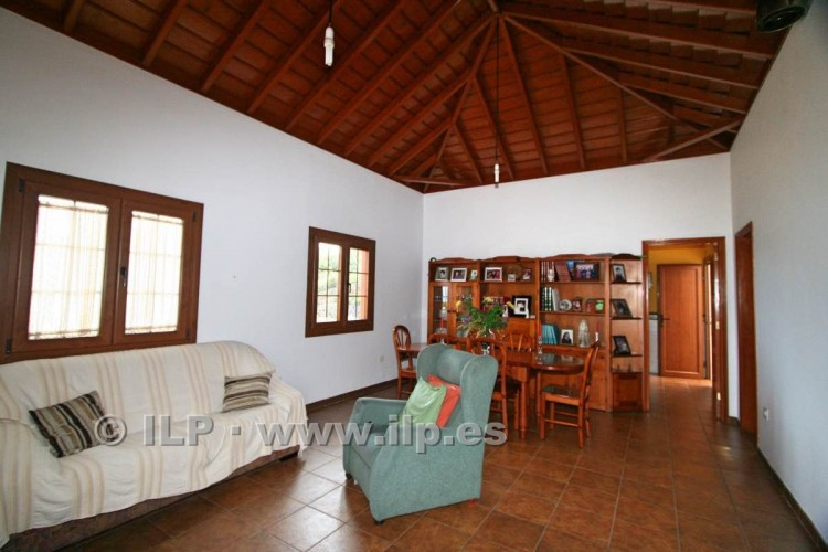 4 Bed  Villa/House for Sale, Las Ledas, Breña Baja, La Palma - LP-BB67 10