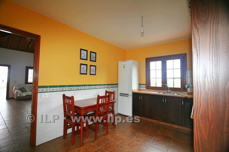4 Bed  Villa/House for Sale, Las Ledas, Breña Baja, La Palma - LP-BB67 12