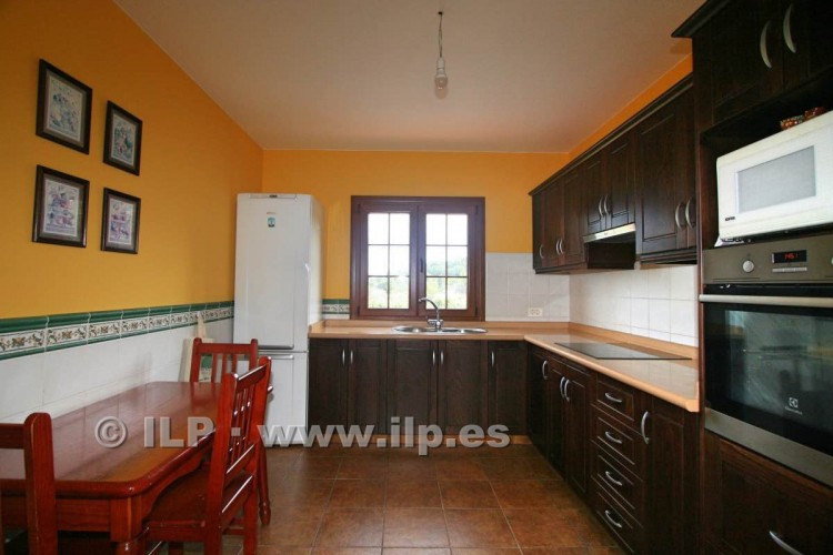 4 Bed  Villa/House for Sale, Las Ledas, Breña Baja, La Palma - LP-BB67 13