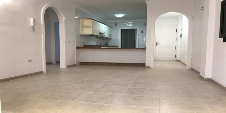 2 Bed  Flat / Apartment for Sale, Playa San Juan, Tenerife - SA-0073 2