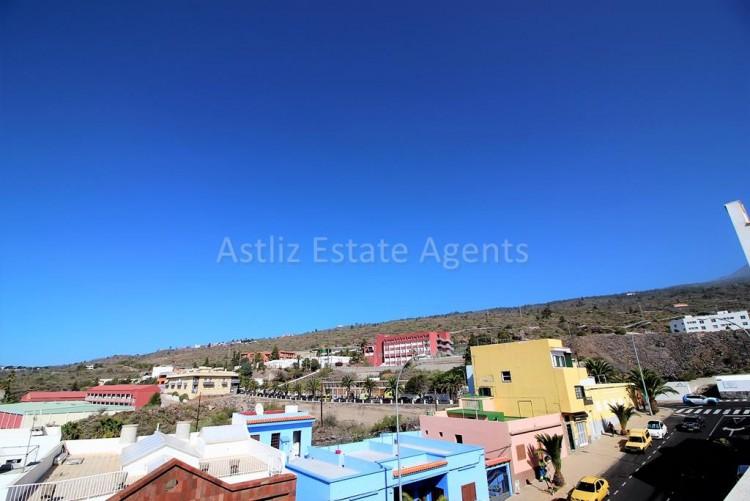 1 Bed  Flat / Apartment for Sale, Guia De Isora, Tenerife - AZ-1282 1