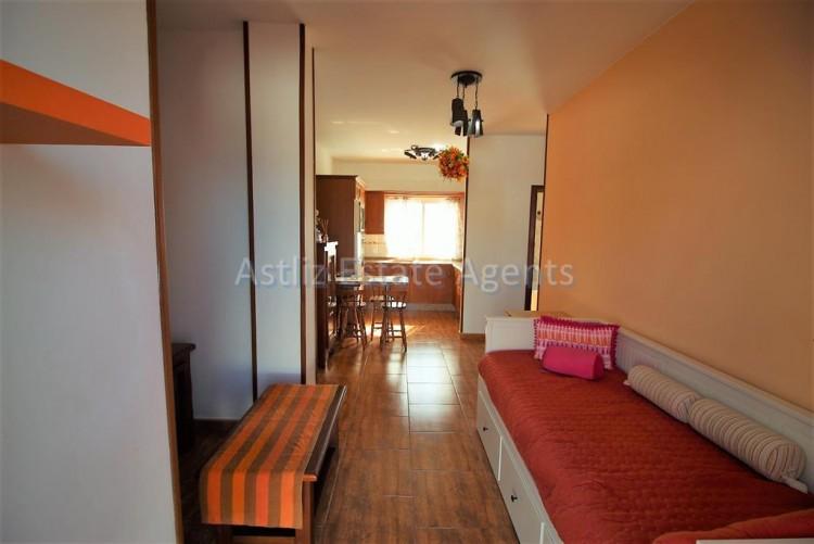 1 Bed  Flat / Apartment for Sale, Guia De Isora, Tenerife - AZ-1282 11