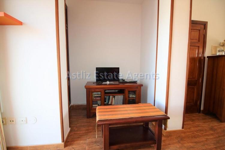 1 Bed  Flat / Apartment for Sale, Guia De Isora, Tenerife - AZ-1282 13