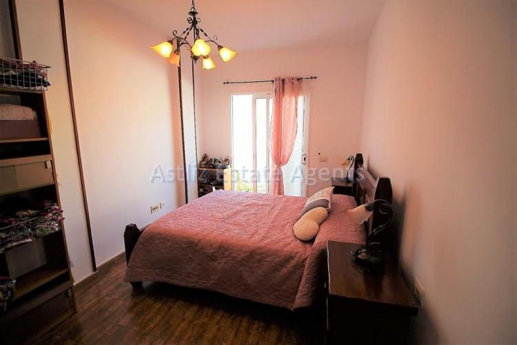 1 Bed  Flat / Apartment for Sale, Guia De Isora, Tenerife - AZ-1282 4