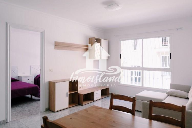 2 Bed  Flat / Apartment for Sale, Arona, Santa Cruz de Tenerife, Tenerife - IN-273 1