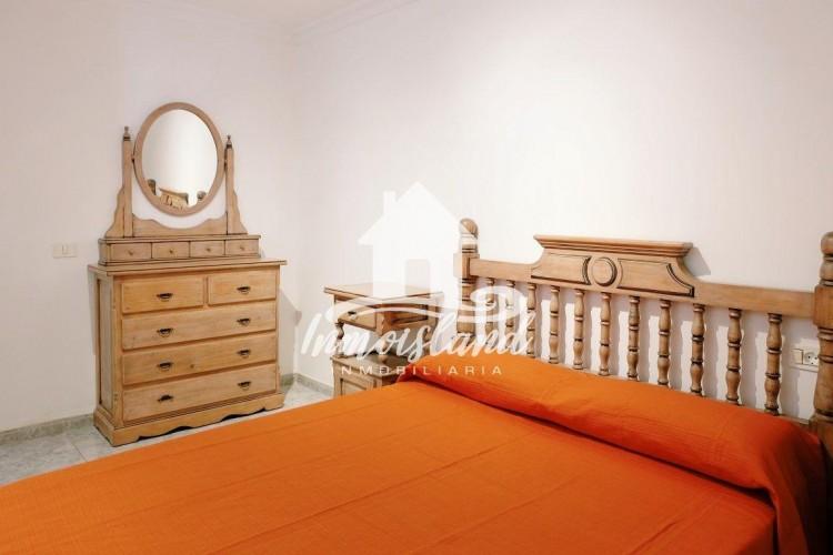 2 Bed  Flat / Apartment for Sale, Arona, Santa Cruz de Tenerife, Tenerife - IN-273 11