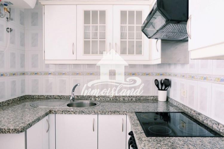 2 Bed  Flat / Apartment for Sale, Arona, Santa Cruz de Tenerife, Tenerife - IN-273 5
