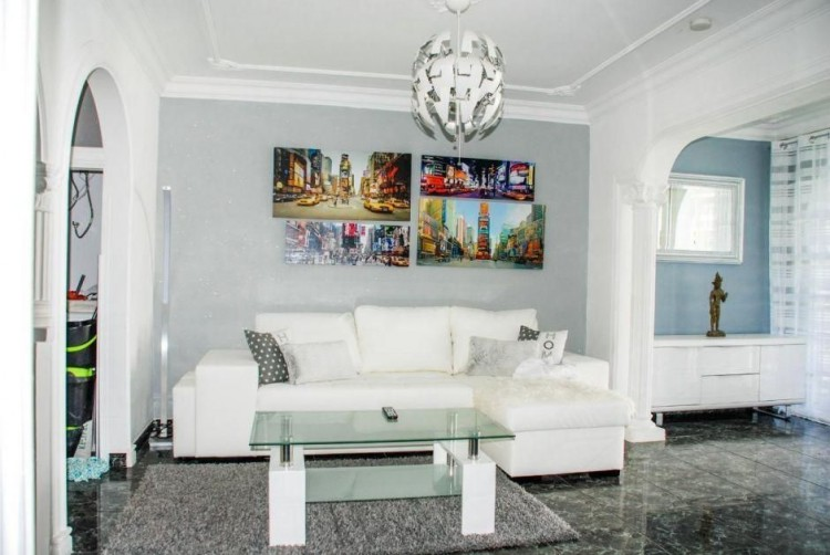 4 Bed  Villa/House for Sale, Las Palmas, Playa del Inglés, Gran Canaria - DI-14362 2