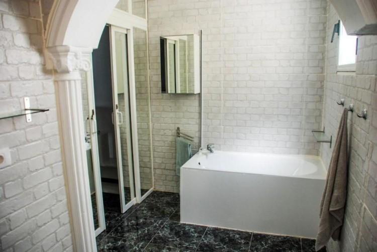 4 Bed  Villa/House for Sale, Las Palmas, Playa del Inglés, Gran Canaria - DI-14362 4