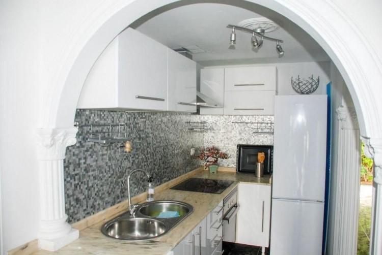 4 Bed  Villa/House for Sale, Las Palmas, Playa del Inglés, Gran Canaria - DI-14362 5