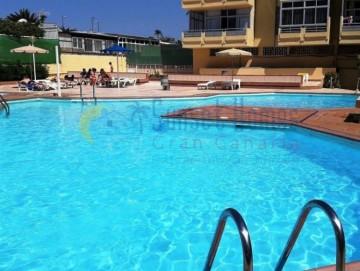 2 Bed Flat / Apartment in Playa Del Ingles, Gran Canaria - 9821
