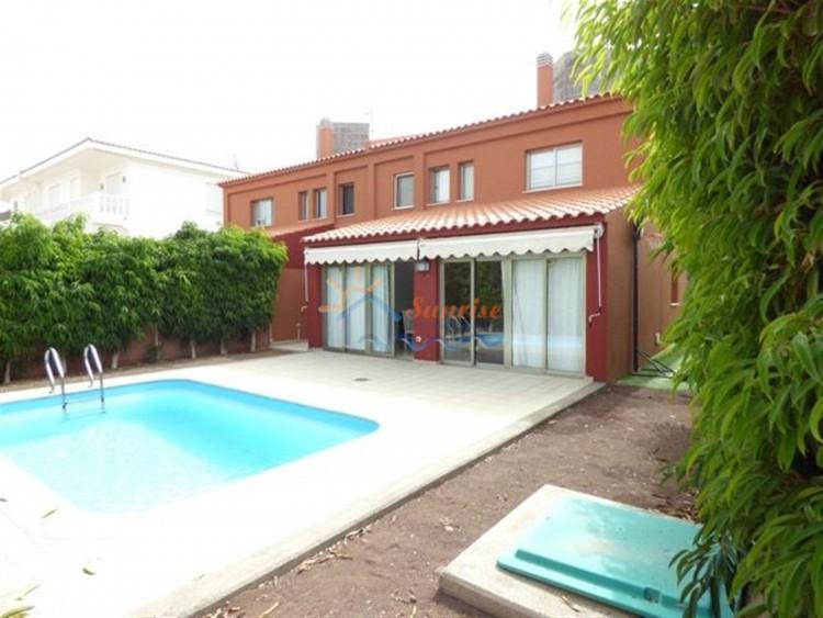 4 Bed  Villa/House to Rent, SAN BARTOLOME DE TIRAJANA, Las Palmas, Gran Canaria - MA-C-353 1