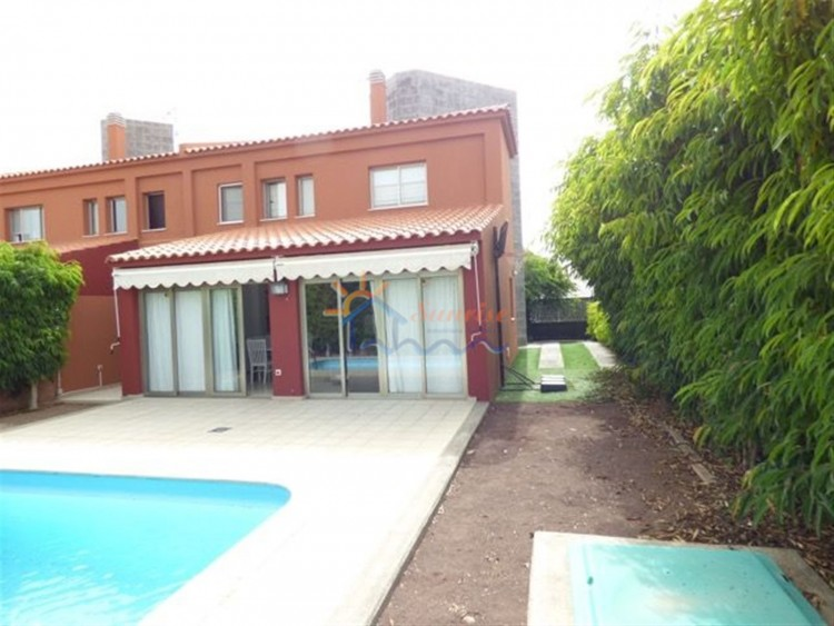 4 Bed  Villa/House to Rent, SAN BARTOLOME DE TIRAJANA, Las Palmas, Gran Canaria - MA-C-353 2