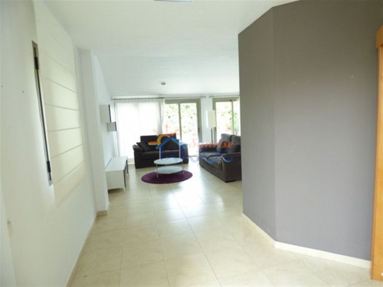 4 Bed  Villa/House to Rent, SAN BARTOLOME DE TIRAJANA, Las Palmas, Gran Canaria - MA-C-353 9