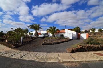5 Bed Villa/House in Fuerteventura, Fuerteventura - 9910