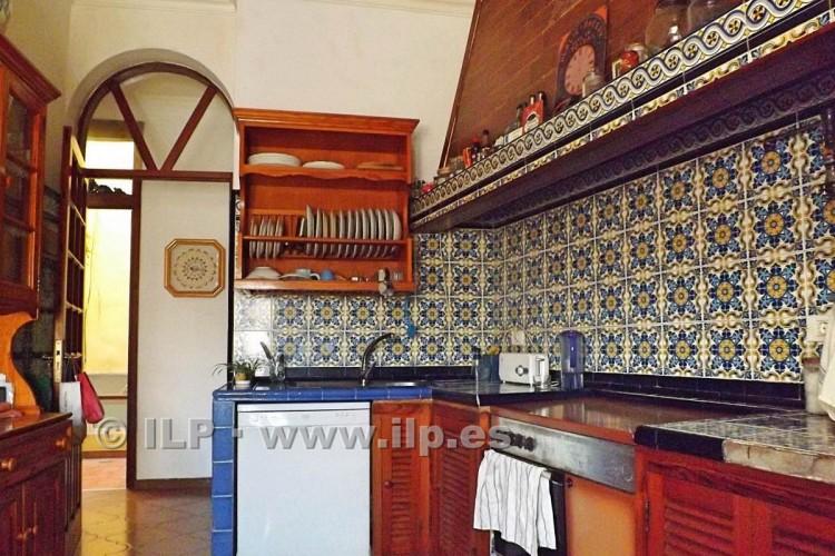 7 Bed  Villa/House for Sale, In the historic center, Santa Cruz, La Palma - LP-SC67 10
