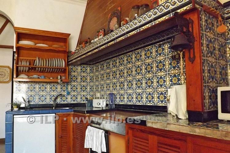 7 Bed  Villa/House for Sale, In the historic center, Santa Cruz, La Palma - LP-SC67 11