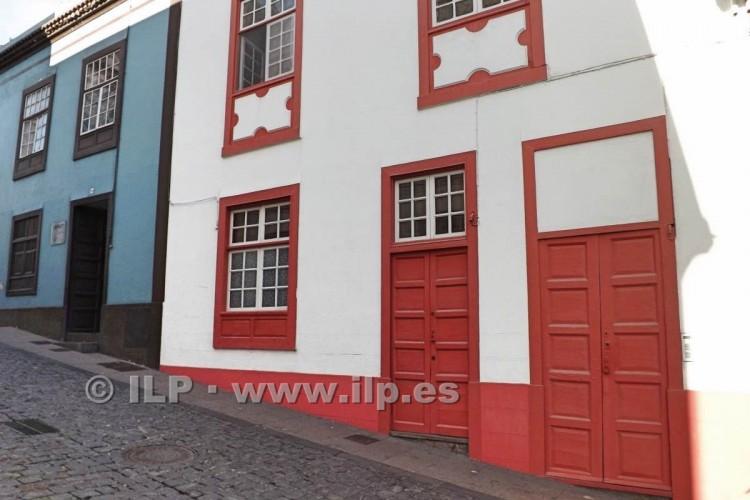 7 Bed  Villa/House for Sale, In the historic center, Santa Cruz, La Palma - LP-SC67 2