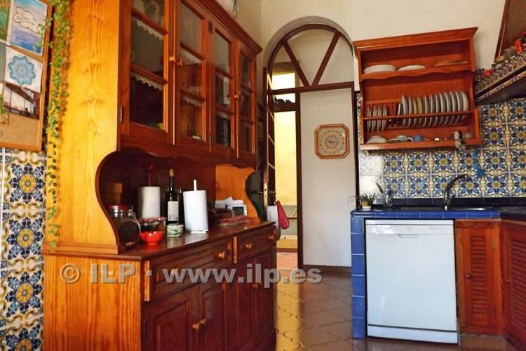 7 Bed  Villa/House for Sale, In the historic center, Santa Cruz, La Palma - LP-SC67 9