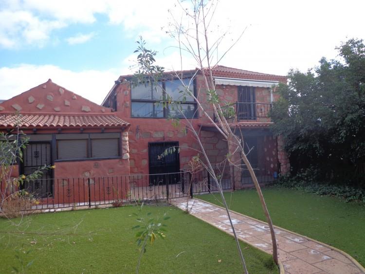 3 Bed  Villa/House for Sale, San Miguel De Abona, Tenerife - PG-D1753 1