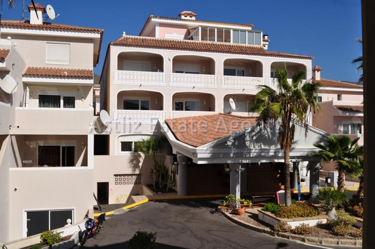 2 Bed  Flat / Apartment for Sale, Arona, Tenerife - AZ-1290 2